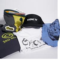 Package 3: T-Shirt EpicTv Man, T-Shirt EpicTv Woman, EpicTv Cap, Faza Brush, 3rd Rock sweater, E9 chalk bag by EpicTV